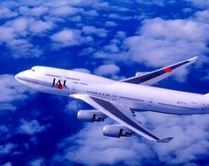 JAL 747 Airplane, Airplane Art, Airbus A380, Boeing 747, Shanghai Airlines, Happy Flight, J Birds, Jumbo Jet, Civil Aviation