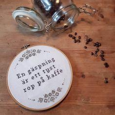 10 träffsäkra broderier för få dig att skratta! Bra Hacks, Spiritual Words, Textiles, Self Love Quotes, You Are Perfect, Yarn Needle, Embroidery Art, Word Art, Cross Stitching