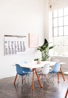 How to make DIY workspace tables courtesy of Paper & Stitch.