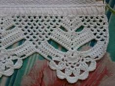 This Pin was discovered by Ser Crochet Blanket Edging, Crochet Lace Edging, Crochet Motifs, Crochet Borders, Crochet Diagram, Crochet Stitches Patterns, Crochet Squares, Filet Crochet, Crochet Doilies