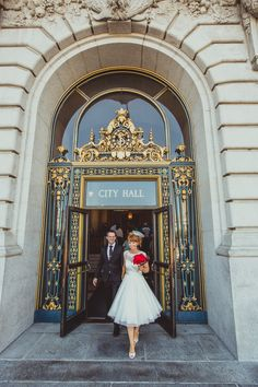 Posing for Portraits Outside San Francisco City Hall | IQphoto Studio | See More! http://heyweddinglady.com/a-chic-san-francisco-city-hall-elopement-from-iqphoto-studio/