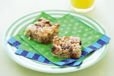 This treat is the perfect lunch-box filler or party snack for those kids who have to avoid dairy or nuts.