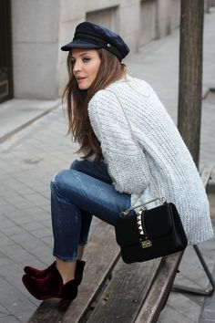 navy hat, sweater, jeans, boots. Look for fall/winter