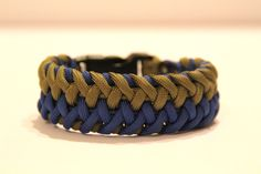 How to Make the Interwoven Cross Hitch Paracord Bracelet