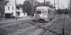 Capital Transit Pre-PCC Streamliner. Starting from Deanwood, the 10/12 line served Rosslyn via Benning Road and H Street NE. The route was abandoned in February 1949 (Historical Society of Washington photo).