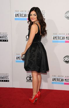 Lucy Hale Style: LBD Fashion at American Music Awards 2012 [Pictures]