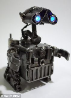 WALL.E recreated in scrap metal