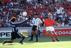 Holland 2 Argentina 1 in 1998 in Marseille. Dennis Bergkamp scores a brilliant winner on 89 minutes to give Holland victory in the World Cup Quarter Final.