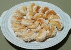 Sajtkrémes puffancs   Nora Santha receptje - Cookpad receptek Shrimp, Meat