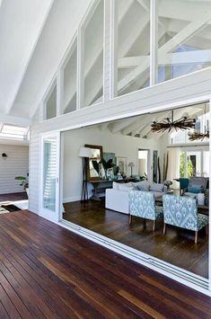 Many people find home interior design very complicated. Coastal Living Rooms, Living Room Decor, Living Spaces, Coastal Bedrooms, Estilo Hampton, Hamptons Style Homes, Hamptons Beach Houses, Hamptons Kitchen, Hamptons Decor