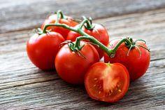 2 супер подкормки, которые помогают созревать помидорам на корню | У-Дачный канал советы от Арины | Яндекс Дзен