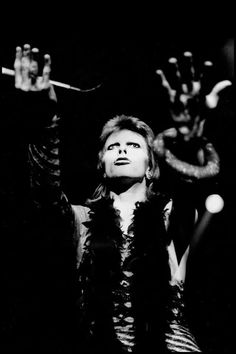 Give me your hands...and you're wonderful! ~David Bowie