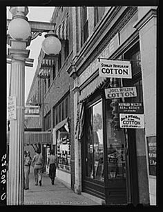 Cotton Row Street in Leland, #Mississippi Delta (1939 Nov)