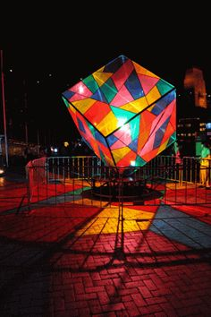 . Gif Pictures, Moving Pictures, Images Gif, World Of Color, Color Of Life, Gifs, Image Arc En Ciel, Street Art, Instalation Art