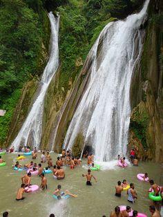 Kempty Falls Mussoorie, Uttarakhand, India: