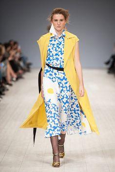 http://fashionweek.ua/gallery/poustovit-ss16-932/item