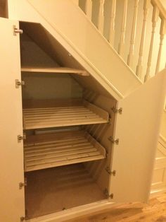 Stairs Storage Drawers, Stair Shelves, Staircase Storage, Staircase Makeover, Hallway Storage, Stair Storage, Under Stairs Nook, Closet Under Stairs, Under Stairs Cupboard