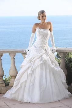 Ladybird de Luxe 32041LX ivory-silver Beach Wedding Bridesmaid Dresses, Princess Wedding Dresses, Boho Wedding Dress, Dream Wedding Dresses, Wedding Attire, Bridal Dresses, Wedding Gowns, Cheap Wedding Dresses Online, Wedding Dress Sleeves