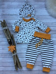 Creativehappiness.9 Baby Outfits Newborn, Toddler Outfits, Baby Boy Outfits, Kids Outfits, Sewing For Kids, Baby Sewing, Fashion Kids, Cute Baby Clothes, Diy Clothes
