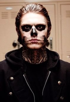 I love the whistle song that plays when Tate is walking down the hallway..makes it creepy