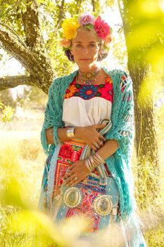 http://www.pinterest.com/pin/7248049373734603/ TatiTati Style - hippie/mexican/gypsy vibe - love it