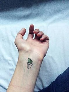 Resultado de imagem para cactus tattoo