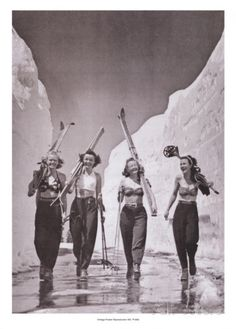 Girls Gone Skiing Kunstdruck