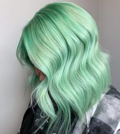 Get pretty with pastel hair! This updated collection of pastel hair color ideas is all you need to catch up on this new trend. Mint Pastel Hair, Mint Hair Color, Green Hair Colors, Lilac Hair, Hair Dye Colors, Gray Hair, Mint Green Hair Dye, Blue Hair, White Hair