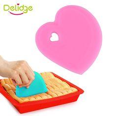 1 pz cuore forma di cottura liscia spatole in silicone rosa e  Colore blu cottura spatole 10*10 cm crema raschietto riutilizzabile cottura  Strumento