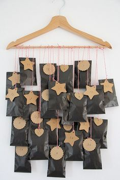 Do you want to make an advent calendar yourself - creative ba .- Wollen Sie einen Adventskalender selber basteln- kreative Bastelideen Do you want to make an advent calendar yourself – creative craft ideas - Christmas Calendar, Noel Christmas, Winter Christmas, All Things Christmas, Advent Calenders, Diy Advent Calendar, Calendar Ideas, Homemade Advent Calendars, Diy Calendario