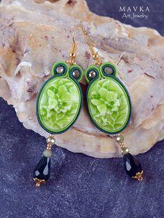 Orecchini verdi / Handmade orecchini / Victorian orecchini / ricamati a mano / Orecchini Soutache / dichiarazione orecchini / orecchini