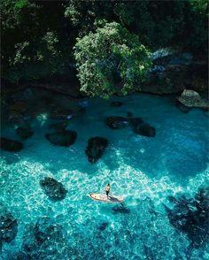 Nusa Lembongan, Bali. SALTY WiNGS