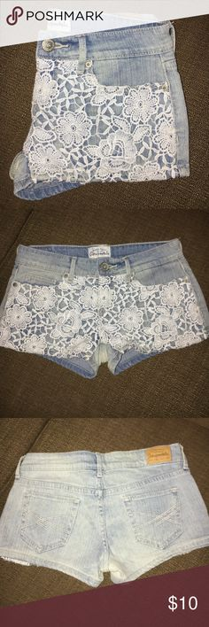Aeropostale Shorts A beautiful pair of Aeropostale blue jean  shorts In a size 00 they have the standard five pockets as well as a white floral lace detailing on the front of the jeans...they are in excellent condition from a smoke and pet free home Aeropostale Jeans