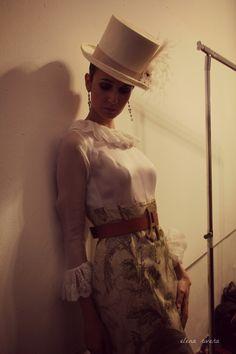 AURA – ALDEBARÁN · Moda Flamenca por Elena Rivera vía Mamá de Mayor Quiero Ser Flamenca.
