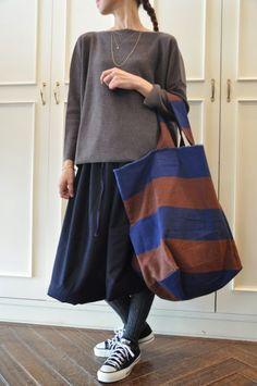 Risultati immagini per Daniela Gregis bags Fashion Bags, Womens Fashion, Patchwork Bags, Cotton Bag, Cloth Bags, Handmade Bags, Canvas Tote Bags, Couture, My Style