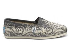 With every pair you purchase, TOMS will give a pair of shoes to a child in need, One for One ~~~Something to remember if you wear a womens size 8…..you can purchase a youth size 5 or 6 at a $16.00 savings. They do stretch so keep it in mind when choosing your size.