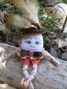 humpty dumpty made by jansfabfairies over on facebook, pattern by paula mc gee xxx
