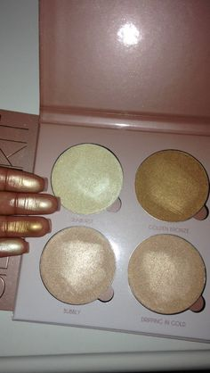 Anastasia Glow Kit colors