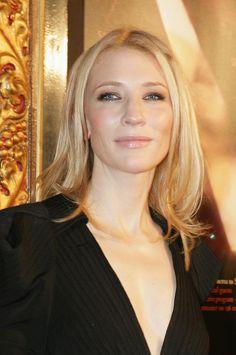 Cate Blanchett sstraight houlder length in 2007 at the Sydney Film Festival