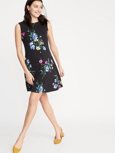 Sleeveless Jersey Swing Dress for Women Old Navy Outfits, Old Navy Dresses, Swing Dress, Dress Up, High Neck Dress, Plus Fitness, Jeans And Flats, Shop Old Navy, Faded Glory