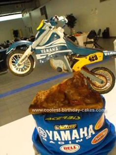 Homemade Dirt Bike Cake: I made this groomsmen motor cycle cake for my cousin. It is an exact replica of his dirt-bike, a Yamaha It is sculpted from German chocolate cake(his Motocross Birthday Party, Dirt Bike Birthday, Motos Yamaha, Yamaha Wr, Groomsman Cake, Groomsmen, Bolo Motocross, Dirt Bike Cakes, German Chocolate