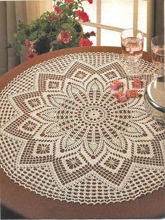Crochet Art: Crochet Tablecloth Pattern - Elegant Decorative C. Crochet Tablecloth Pattern, Free Crochet Doily Patterns, Crochet Diagram, Filet Crochet, Knitting Patterns, Free Pattern, Bead Patterns, Crochet Vintage, Crochet Art