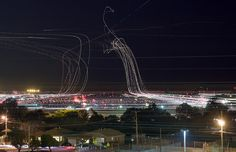 Long Exposure Shots of Airline Takeoffs and Landings | Amusing Planet