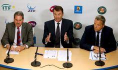 Tennis: ouverture d'une enquête suite aux soupçons de matchs truqués Check more at http://info.webissimo.biz/tennis-ouverture-dune-enquete-suite-aux-soupcons-de-matchs-truques/