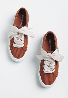 Superga Sneakers, Brown Sneakers, Best Sneakers, Sneakers Fashion, Fashion Shoes, Cute Sneakers For Women, Teen Fashion, Fashion Outfits, Pretty Shoes