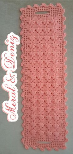 This Pin was discovered by HUZ Crochet Home, Knit Crochet, Knitting Patterns, Crochet Patterns, Ear Warmers, Crochet Fashion, Doilies, Crochet Stitches, Crochet Projects