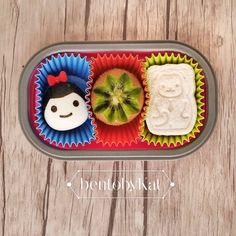 Day 64 snack: hard boiled egg, kiwi, mini cheese sandwich