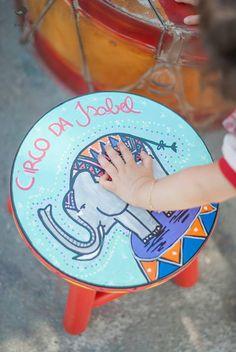 Encomenda especial Circo da Isabel. ateliejuamora@gmail.com www.juamora.com produção: festa de brincar banqueta Ju Amorinha