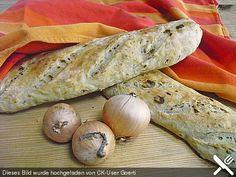 Herzhaftes Zwiebelbrot oder Zwiebelbaguette, ein schönes Rezept aus der Kategorie Snacks und kleine Gerichte. Bewertungen: 53. Durchschnitt: Ø 4,4.