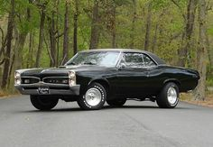 Top 5 Iconic Muscle Cars Mustang, Camaro, Charger, there's nothing quite like classic American muscle cars! 67 Pontiac Gto, Chevrolet Camaro, Chevy, Corvette, Pontiac Grand Prix, Top 10 Muscle Cars, Hot Wheels, Sweet Cars, Us Cars